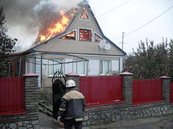 На Черкащині через страшну пожежу родина мало не залишилися без будинку