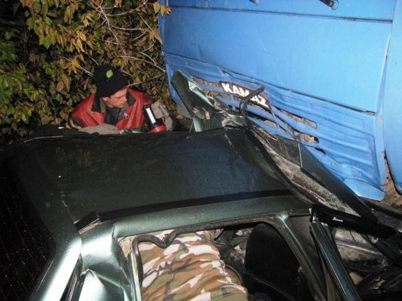 На Черкащині водій легковика загинув від зіткнення з КАМАЗом