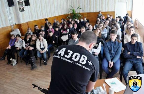 Представники військового формування на Черкащині слідкують за виборами