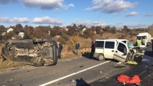 ДТП на Черкащині: від зіткнення на швидкості двох авто загинув чоловік