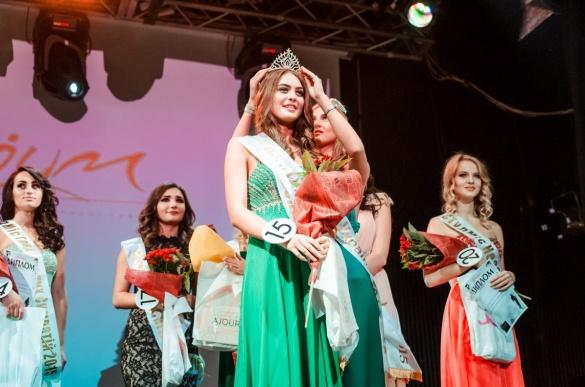 Черкащанка перемогла у всеукраїнському конкурсі краси (ФОТО)