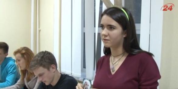 Черкаські студенти організували освітнє ноу-хау із школярами