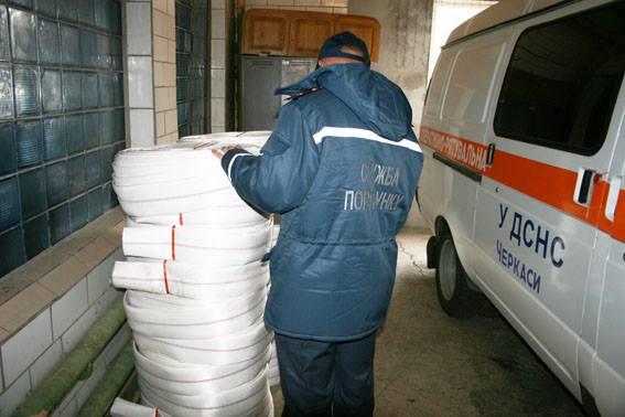 Німці передали черкаським рятувальникам гуманітарну допомогу