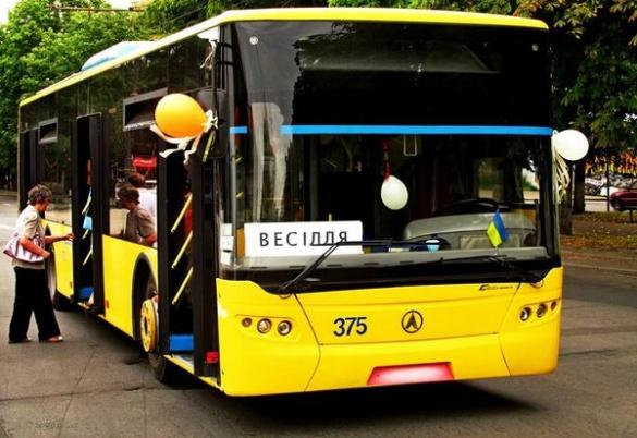 20 крутих фотографій, після яких ви полюбите тролейбуси у Черкасах