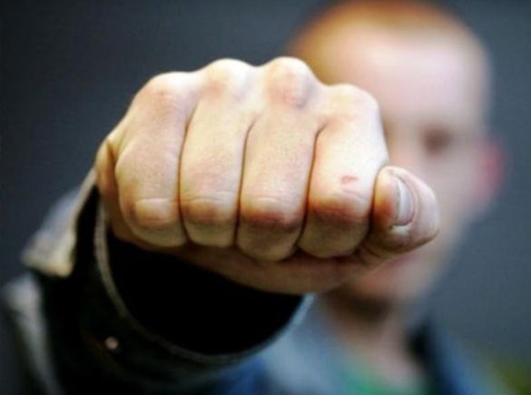 На Черкащині у спортзалі школи побили вчителя