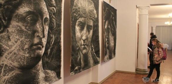 Відомий художник відкрив у Черкасах культурну