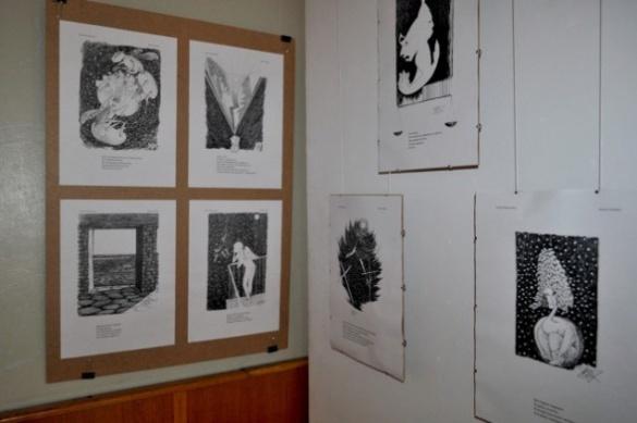 Майстриня продає картини у Черкасах, щоб допомогти бійцям АТО