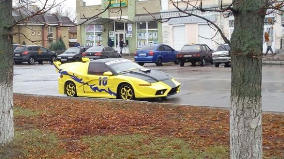 Український Lamborgini помітили у Золотоноші (ФОТО)