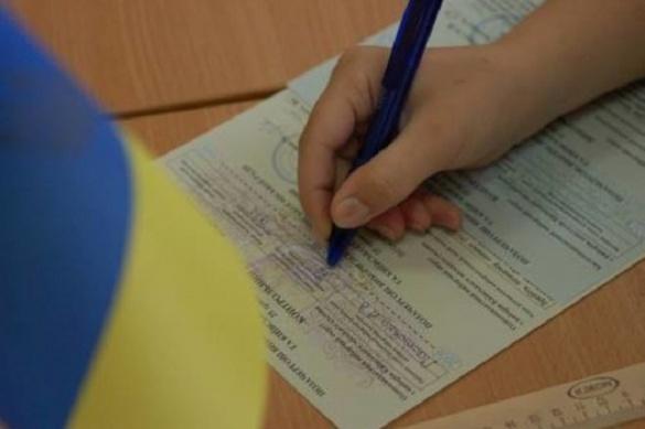 Черкащанка в прямому ефірі заявила, як переписували протоколи на виборах (ВІДЕО)
