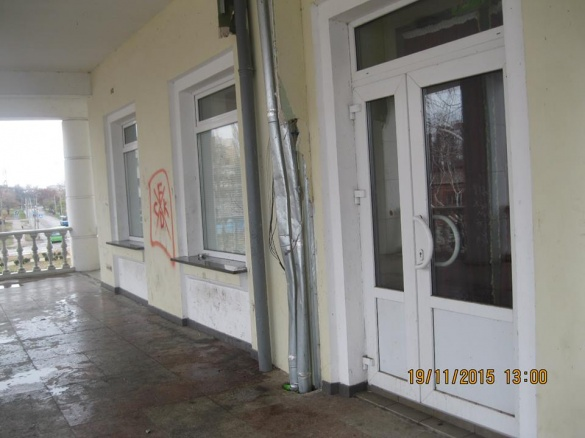 П'яна молодь понівечила Річковий вокзал у Черкасах (ФОТО)