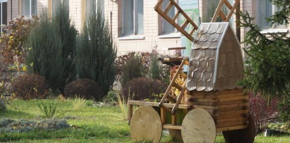 На території черкаської школи створили казкове містечко (ВІДЕО)
