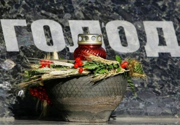 Черкащани вшанували пам'ять жертв Голодомору (ФОТО)