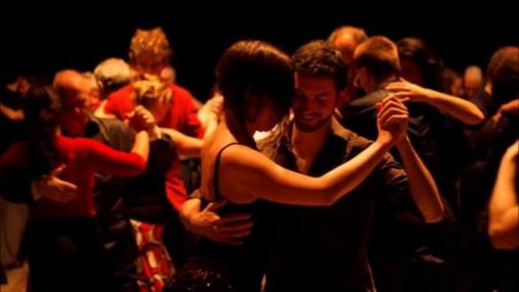 У Черкасах безкоштовно можна навчитися танго