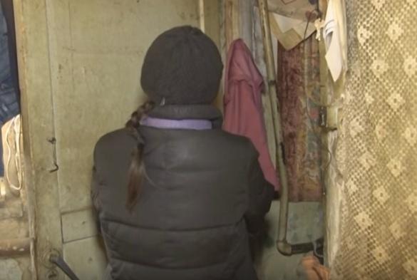 Сморід, бруд та байдужість батьків: у Черкасах проінспектували кризові родини (ВІДЕО)