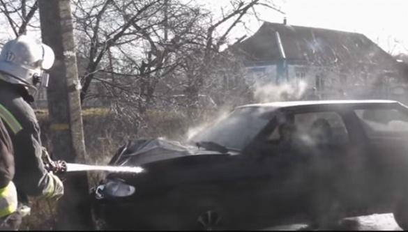 На Черкащині внаслідок ДТП загорівся автомобіль (ВІДЕО)