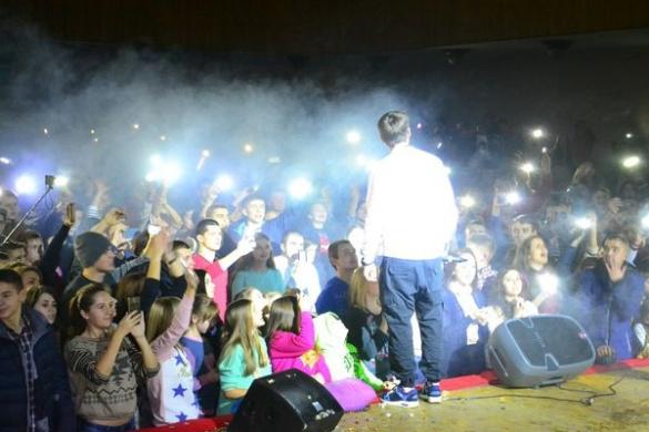 В Умані відомий репер своїм виступом