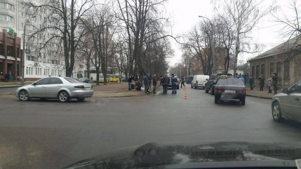 Пішохід, якого збили вранці, помер на місці пригоди