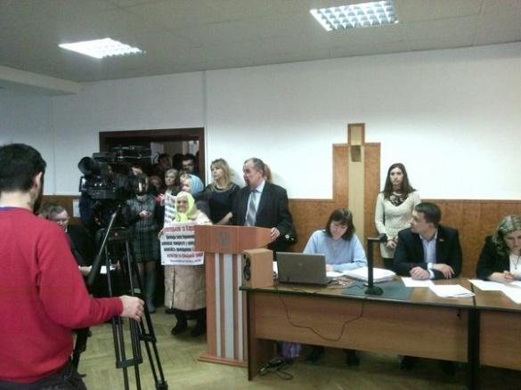 Жителі Геронимівки просять депутатів вплинути на Карася