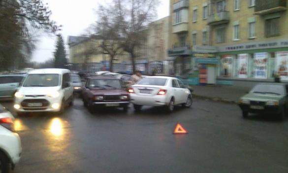 Черкаси поглинув паркувальний хаос? (ФОТО)