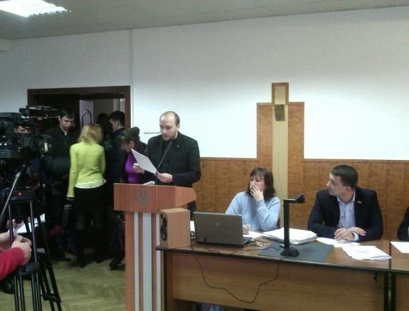 Через можливу корупцію черкаський депутат цікавиться долею комунальних приміщень, що віддали в оренду