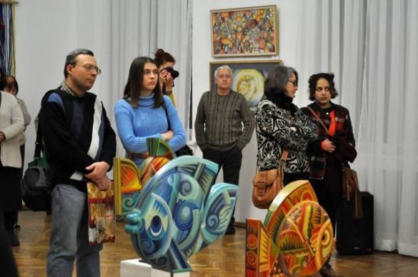 Черкаські митці презентували виставку про Різдво