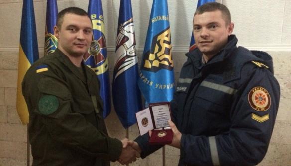 Черкаського студента-першокурсника нагородили відзнакою Нацгвардії