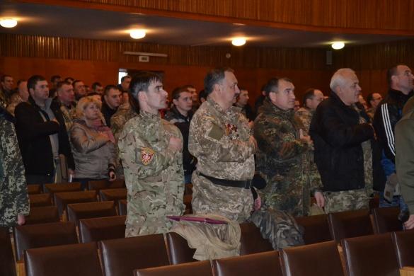 Черкаські АТОвці обіцяють фізично заспокоїти владців, якщо не буде порядку