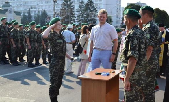 Дівчата-прикордонниці із Оршанця прямують служити в зону АТО