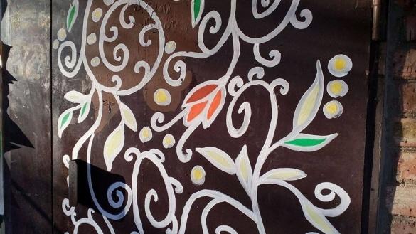 Посеред зими у черкаських дворах розцвітають диво-квіти (ФОТО)