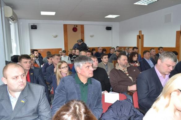 Черкаські депутати пішли на перерву, не прийнявши порядок денний