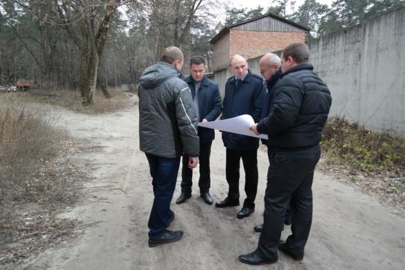Міський голова Черкас проінспектував хід ремонту на Менделєєва