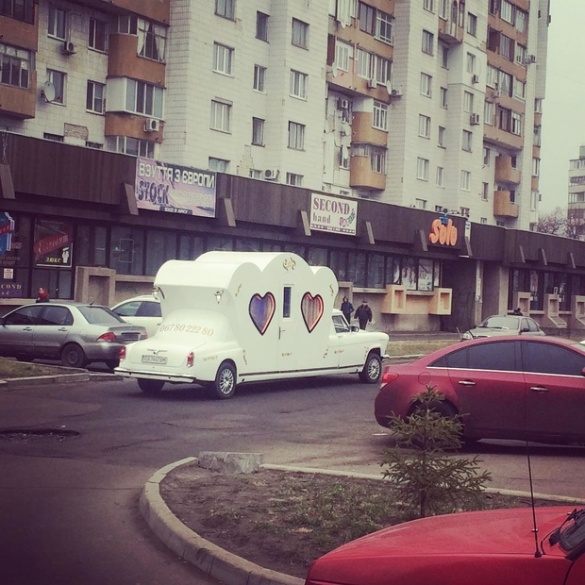 Черкащанин, щоб побудувати авто-карету, продав будинок