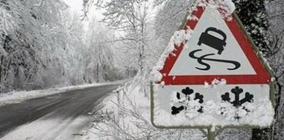 Стала відома причина важкого прибирання снігу на дорогах Черкас