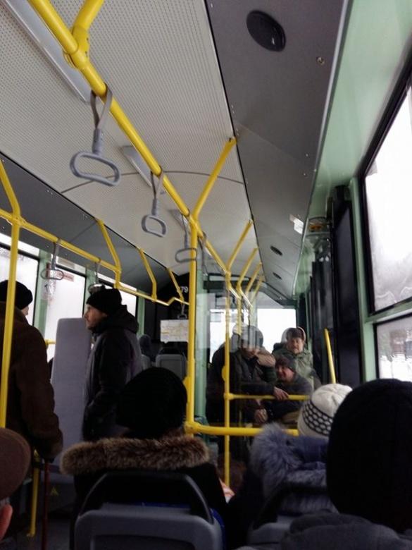 Депутат перевірив: в нових черкаських тролейбусах не трясе