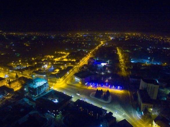 У мережі розмістили неймовірні фото нічної Умані із 160 метрів