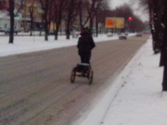 У мережі висміяли прибирання снігу у Черкасах