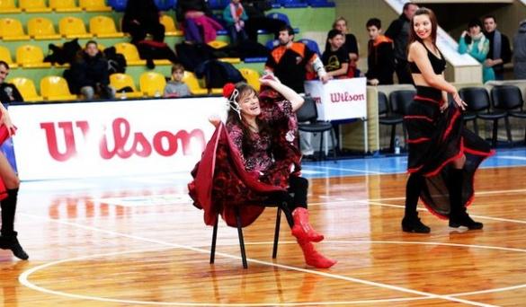 У особливої черкаської фанатки під час баскетболу здійснилася мрія