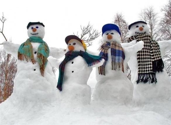 Креатив зі снігу в Черкасах: люди у мережі діляться власними здобутками (ФОТО)