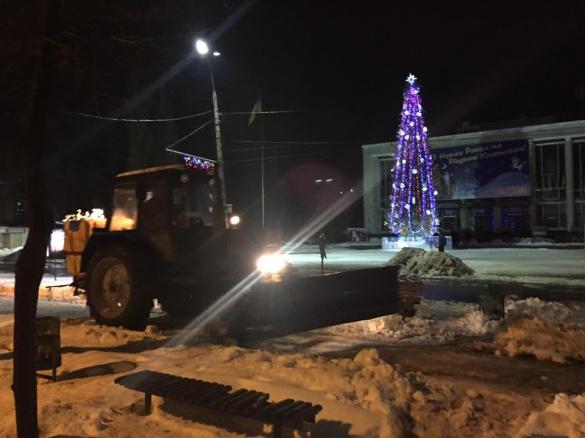 У Черкасах взялися розробляти програму розчистки тротуарів від снігу