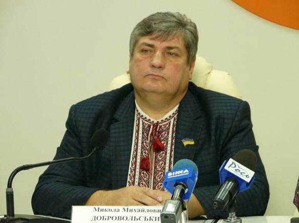 Міський голова Черкас відзначив відомого волонтера