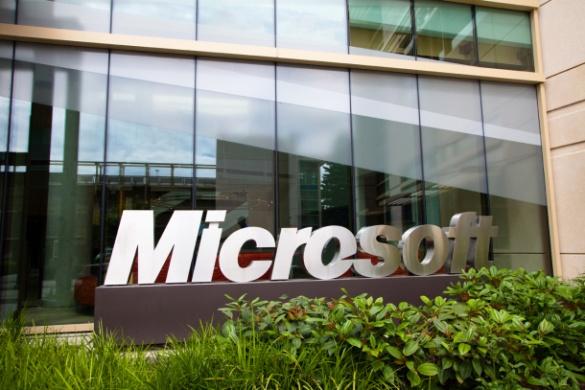 Microsoft зробила цінний подарунок бібліотеці на Черкащині