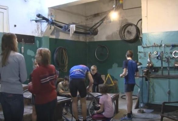 Черкаські спортсмени вимушені тренуватися у підвалах (ВІДЕО)