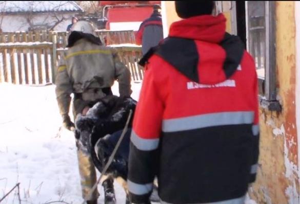 В Черкаській області жінка у власному будинку ледве не спалила себе (ВІДЕО)