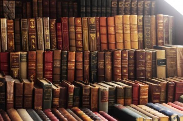 Черкащани думали, чи потрібні Україні книжки російського виробництва