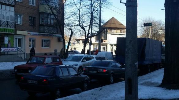 У середмісті Черкас сталася ДТП за участі чотирьох машин (ФОТО)