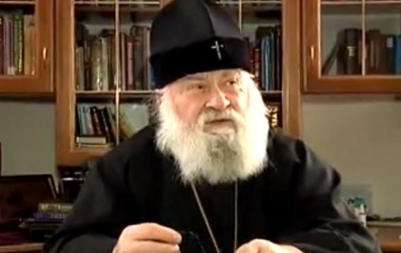 Черкаський митрополит УПЦ МП Софроній назвав Путіна бандитом (ВІДЕО)