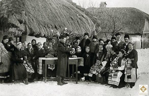 Нащадок Тараса Шевченка фотографував черкаських жінок (ФОТО)