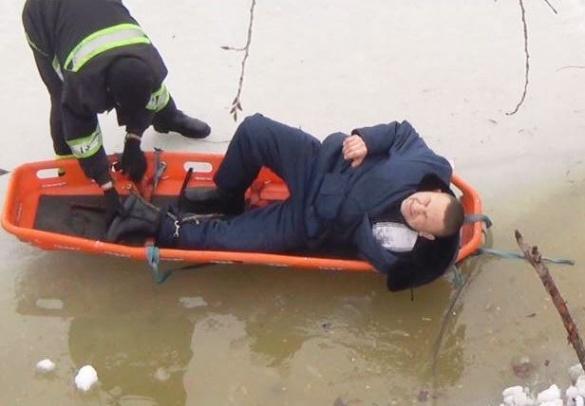 Черкащанин через ковзанку провалився у дренажну водойму (ВІДЕО)