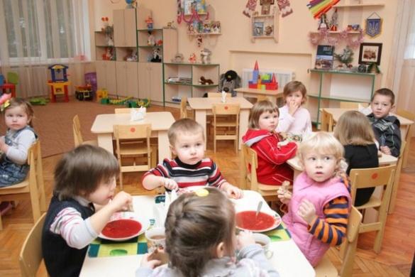 У садочках Черкас батьки платитимуть більше за харчування дітей