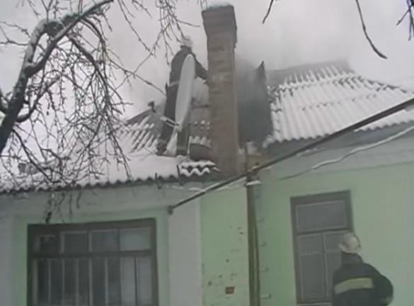 Через коротке замикання на Черкащині загорівся житловий будинок